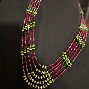 Gorgeous classy crystal beads beaded necklace